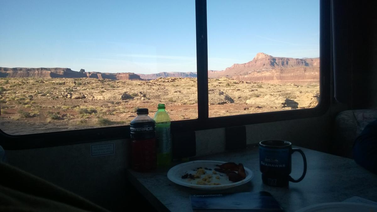 Breakfast while boondocking near Hite, UT